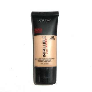L'oreal Infallible Pro-Matte Foundation in 103 Natural Buff