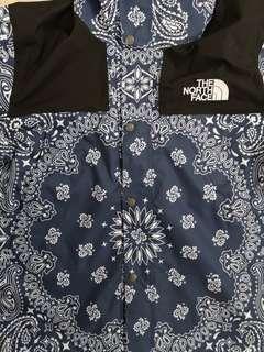 supreme x tnf 腰果花冲锋衣 size:S~XL