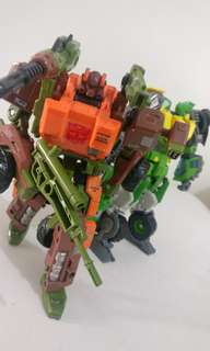 Transformers Generations Thrilling 30 Voyagers