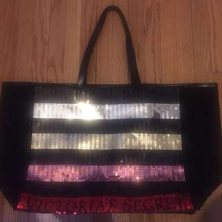 New withoura Tag Victoria's Secret tote bag