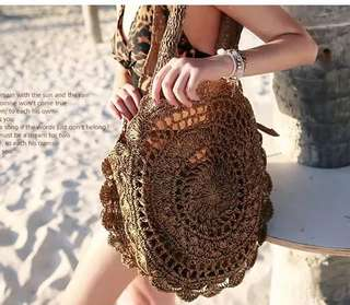 Round knitted tote bag