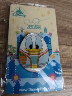 迪士尼 花蛋襟章 徽章 唐老鴨
