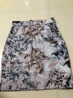 Hnm floral skirt