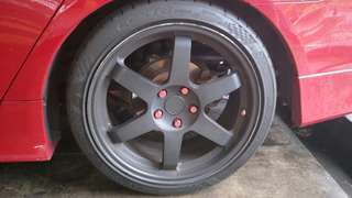"18"" Rim (replica) with tyres"