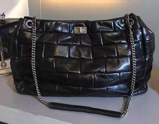 Preloved chanel bubble leather xxl! With code and soft leather!
