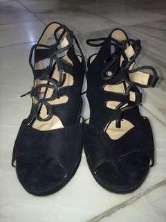 Semi Gladiator Wedge Sandals Size 9-10 Women