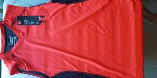 UNDERARMOUR MUSCLE SHIRT COMPRESSION