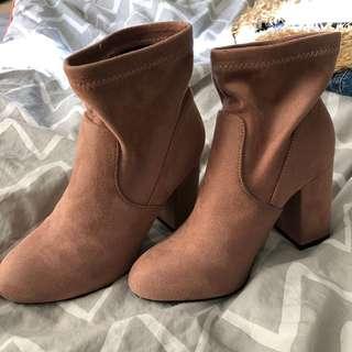 City Beach shoes