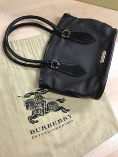 Authentic Burberry London Classic Tote