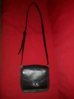 Tory Burch Sling Bag Authentic