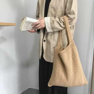 Knitted tote bag V2