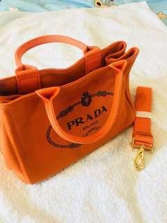 🚚 Prada橘色帆布包中款