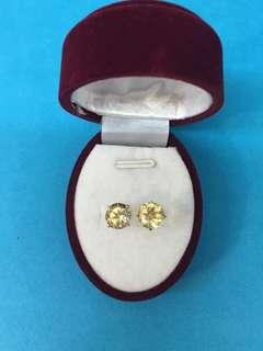 No:0112. 14K黃鑲天然黃晶石耳環6x4mm