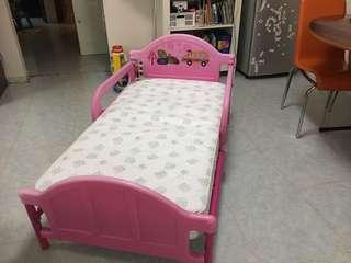 兒童Kolcraft 彈弓防水床褥   送Delta兒童床