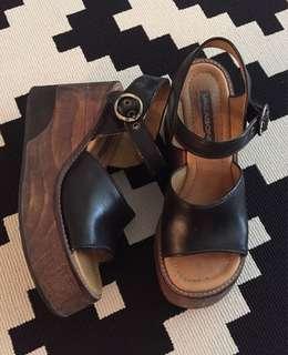 Vagabond Vintage Platform Sandals