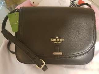 🚚 Special price! Brand New 100% Authentic Kate Spade Handbag.