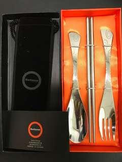 🚚 Selene 不鏽鋼環保餐具三件組。筷子、湯匙、叉子 三件組
