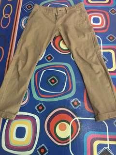 Celana chino merek lokal bahan premium bagus khaki size M