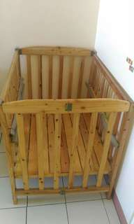 Newborn and Toddler Wooden Crib