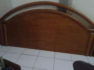 Divan Kayu Meranti 160x200cm