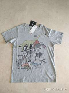 Uniqlo T Shirt - Dinosaurs - Discovery
