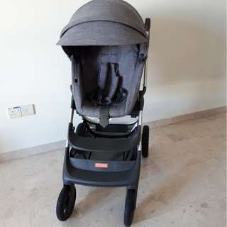 Stokke Scoot V2 Stroller Like new!