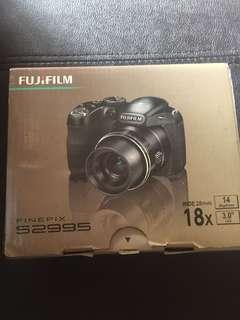 FUJIFILM Finepix S2995 wide 28mm