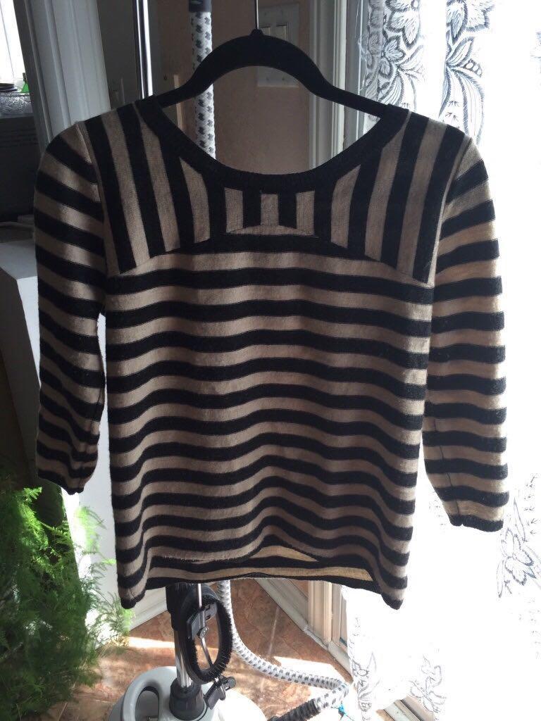 100% Merino Wool Cream black stripe scoop-neck shirt