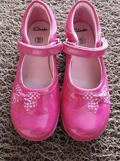 Clarks Girl nearly new