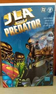 DC and Dark Horse JLA vs Predator comic.
