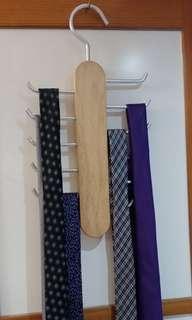 Tie rack (without tie ;-) )