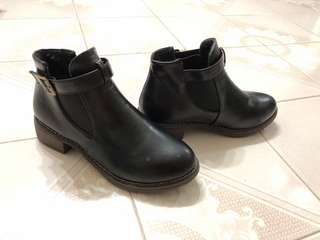 PU leather boots
