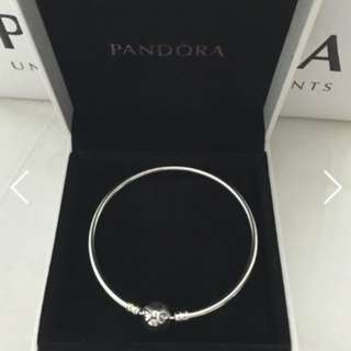 PANDORA Bow Silver Bracelet Authentic!! Brand NEW!!