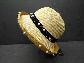 Lady's fashion hat