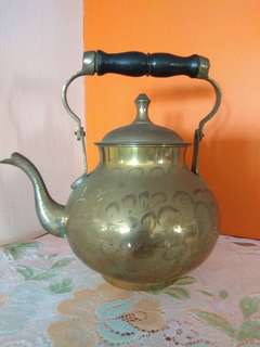 Antique Bronze Teapot 铜廬