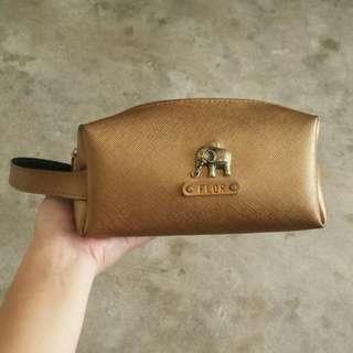 Vanity pouch