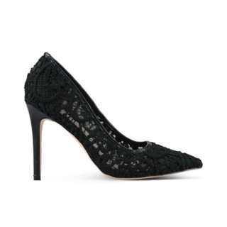 BN Lace pump heels