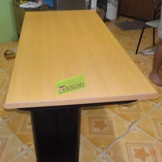 FST OFFICE TABLE-03 BEECHWOOD TOP BLACK LEGS--KHOMI