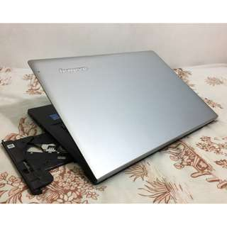 Core i3-4th gen Laptop Lenovo 2GB AMD Radeon R5 Heavy Gaming Laptop