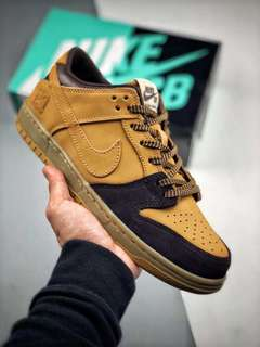 """NIKE Dunk SB LOW """"Lewis Marnell"""