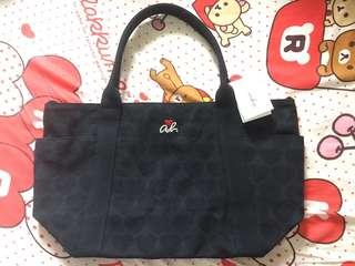 全新 Agnes B 黑色布袋 心心系列 可揹上膊手挽袋 側背包包 Agnesb