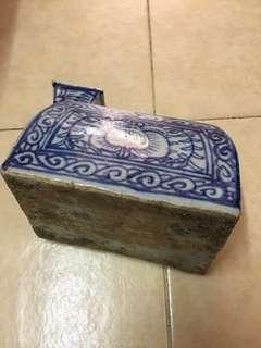 青花瓷器尿胡 blue white urine pot