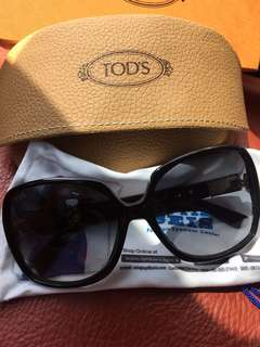 Tod's sunglasses TO126