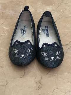 OSH KOSH B'GOSH Shoes size 6