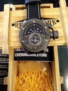 Retrowerk R016 Auto Watch