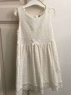 Preloved H&M lace dress