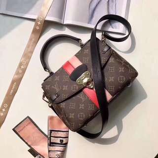 Louis Vuitton one handle