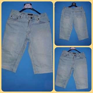 Celana Jeans pendek 3/4 biru