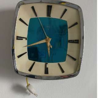 Authentic Diamond Brand Electric Clock ( Blue or Green )