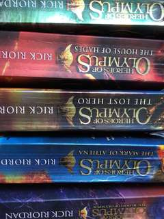 Heroes of olympus(all 5 books)